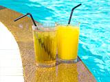 cocktails zwembad