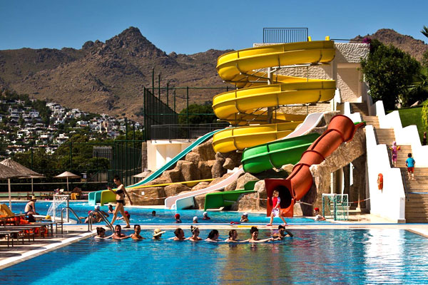 Kefaluka Resort glijbanen